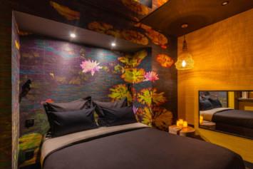 chambre lily lovehotelaparis décor floral