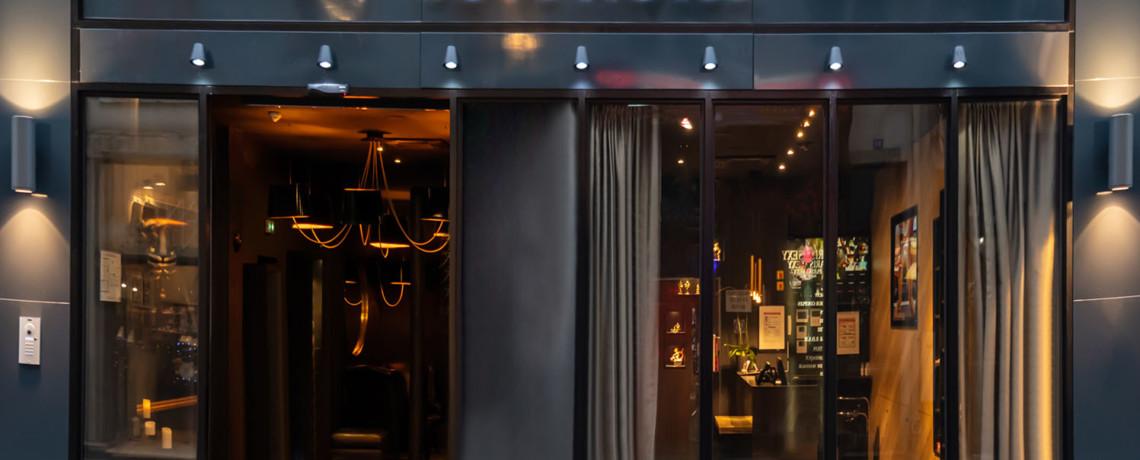 lovehotel à Paris, nouvelle façade
