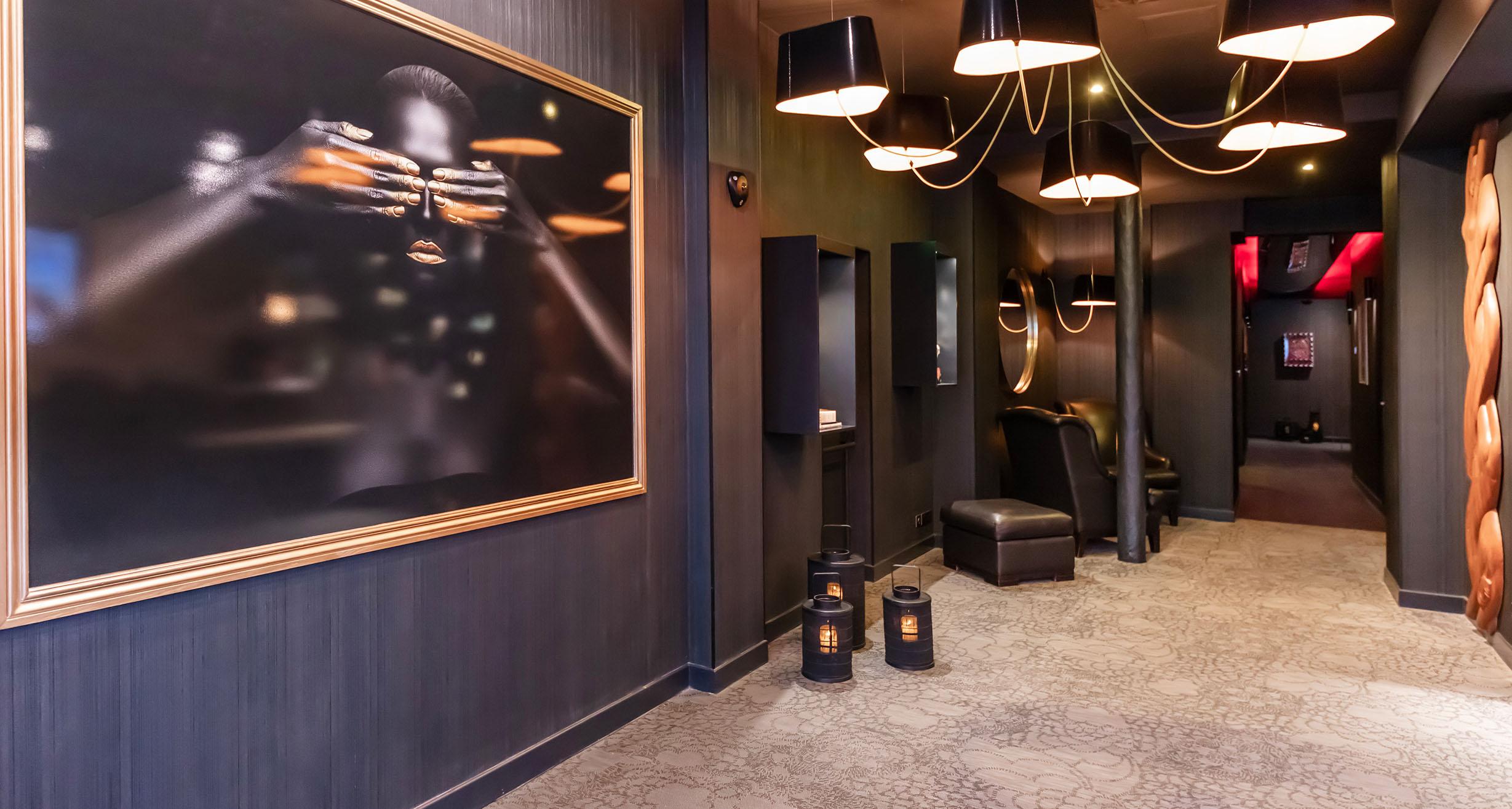 lovehotel à Paris nouvelle réception